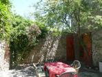 La Croisade cottage languedoc rental holiday visit property house courtyard shade