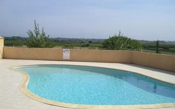 villa jessie swimming pool portiragnes plage residence moulin de la mer view vines holiday rental summer hot