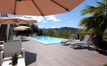 Amazing Hollywood style luxury villa with beautiful views over sea. Swimming pool and Jacuzzi. Sleeps 12.