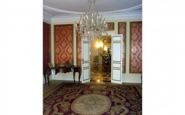 Fairy-Tale, Luxury Chateau with pool. Sleeps 35, 16 bedrooms.