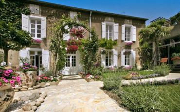 Classically elegant 19th century luxury Maison with indoor pool. Sleeps 8 in 4 bedrooms.