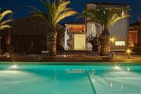 Argeliers Beziers Narbonne house Languedoc rental holiday visit property outside swimming pool