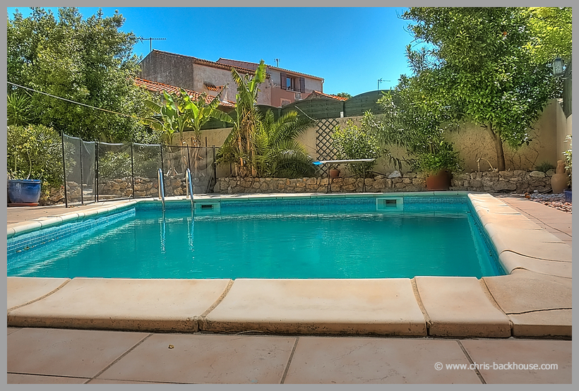 4 Bedroom Holiday Rental Villa With Pool In Poilhes