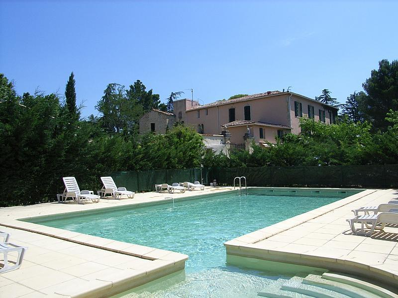 ALIG108 - Le Pigeonnier - Apartment near Pezenas with shared swimming pool