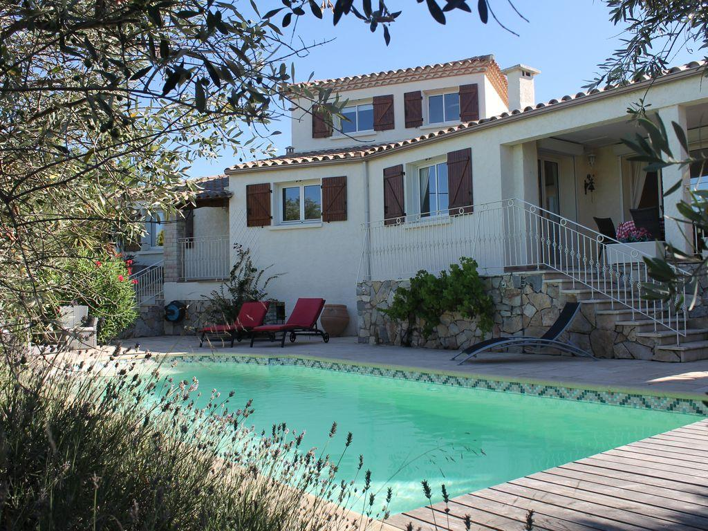 Detached Superior Villa with Private Pool. Easy Walk to Beach - 4 bedrooms, sleeps 8 (BOUZ102)