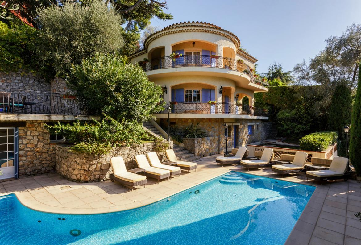 Villa in the Californie area of Cannes, Cote d Azur (CANN112)