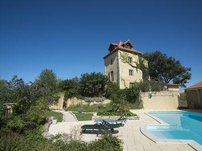 Magical retreat in the South of France with large communal spaces, terraces with lake views and private pool. Sleeps 13. (CARC108)