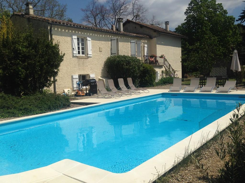 Country House with private pool. 3 bedrooms. Sleeps 8 (CARC110)