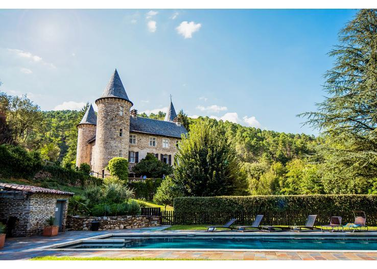 CEV101OL - Graceful, luxury, Disneyesque chateau with pool. Sleeps 18 in 11 bedrooms
