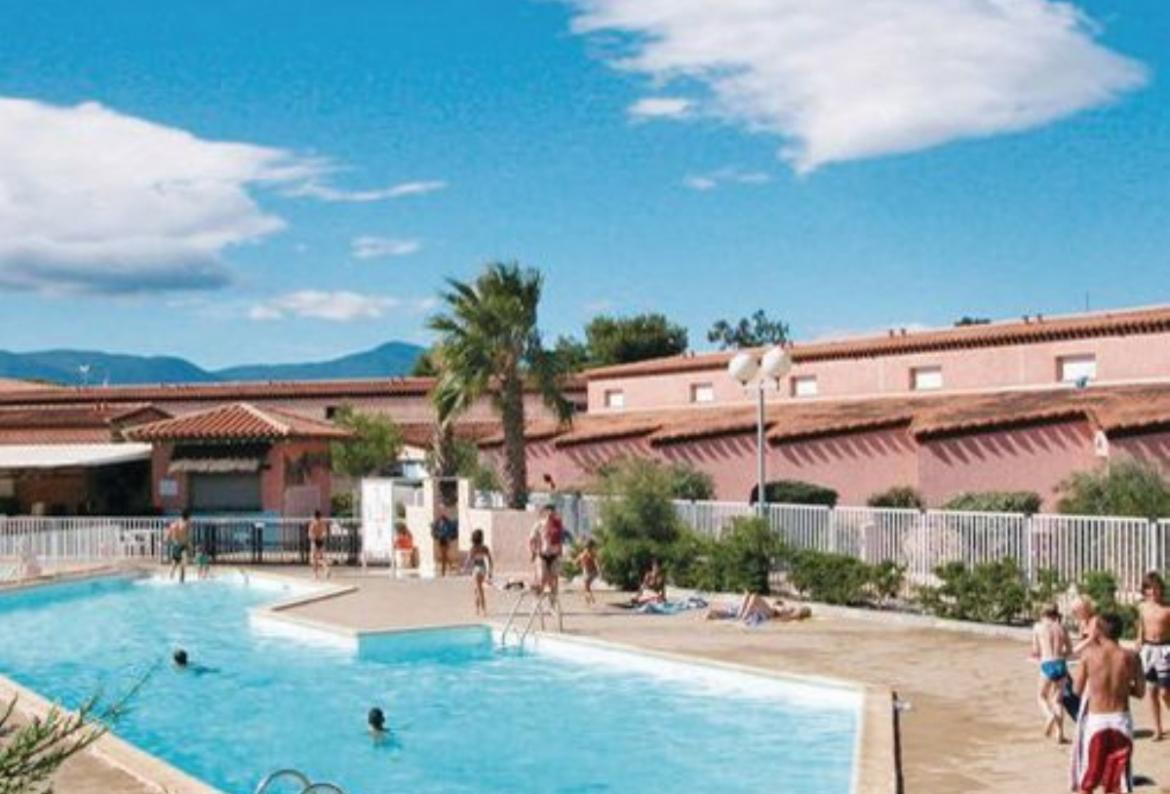Beautiful 2 Bedroom Holiday Home To Comfortably Sleep Up To 6 Near  St Cyprien Plage, Languedoc Roussillon, Ideal For A Family Holiday, This  Self Catering ...