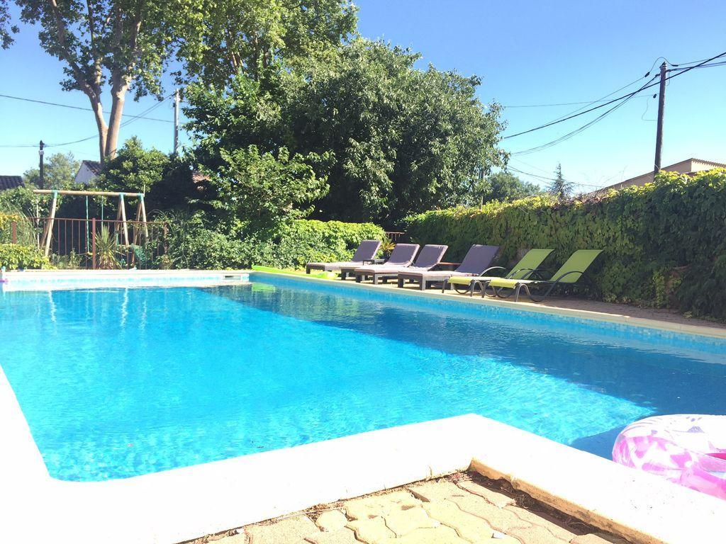 Beautiful 5 bedroom villa in quiet village of Espondeilhan with private pool, family friendly - sleeps 12-13. (ESP102)