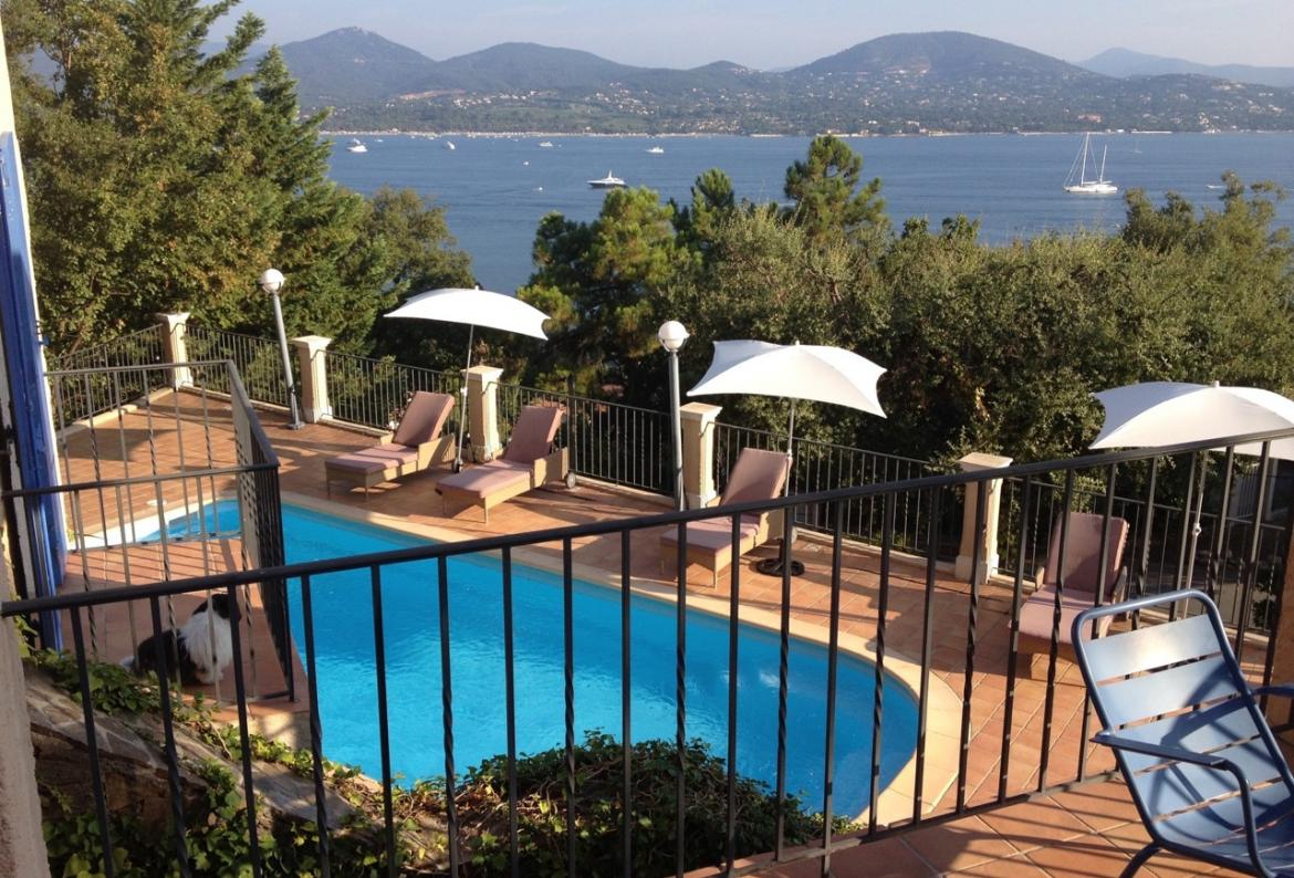 Charming Villa in Gassin near St Tropez. 4 bedrooms, sleeps 8 people (GAS103)