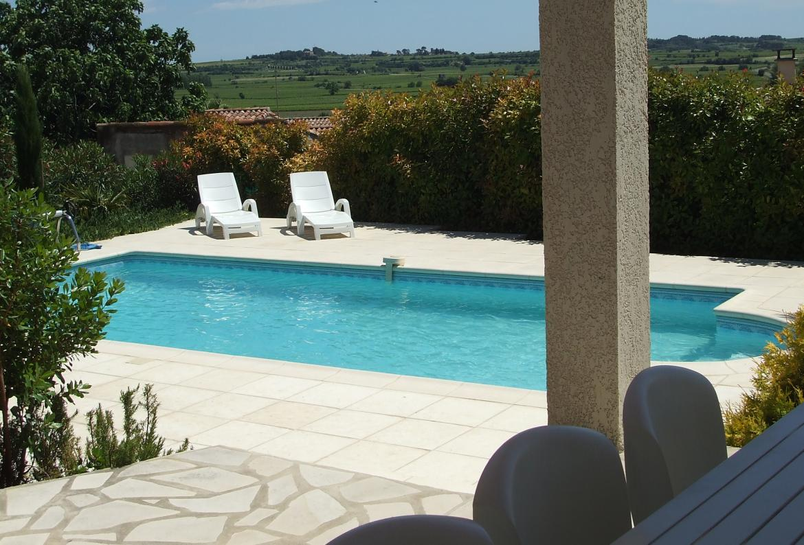 GEN110 - Villa St Genies with swimming pool- sleeps 8.