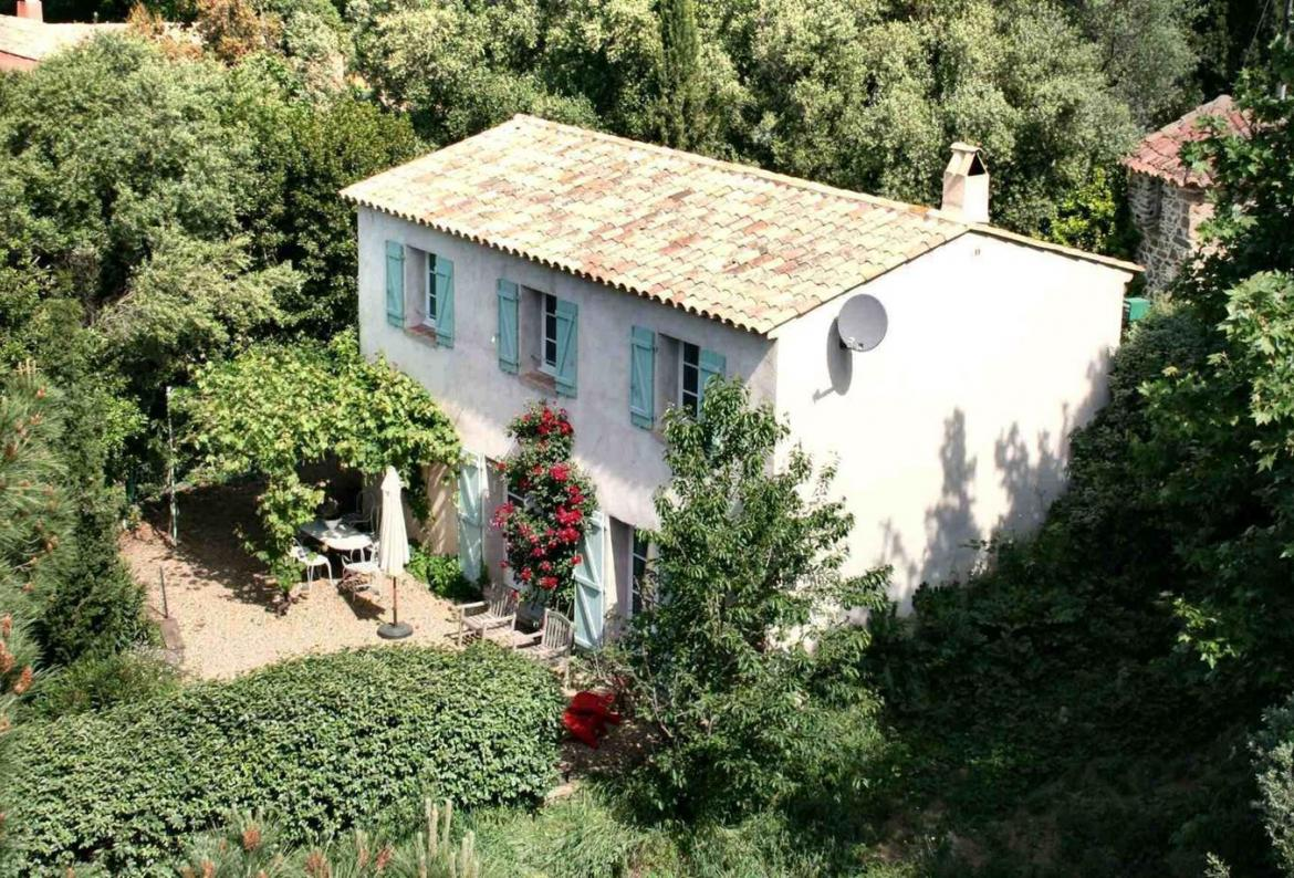 Delightful Country House near Grimaud. Heatable Pool. 3 bedrooms, sleeps 6 with Annex to sleep 2 (GRIM135YM)