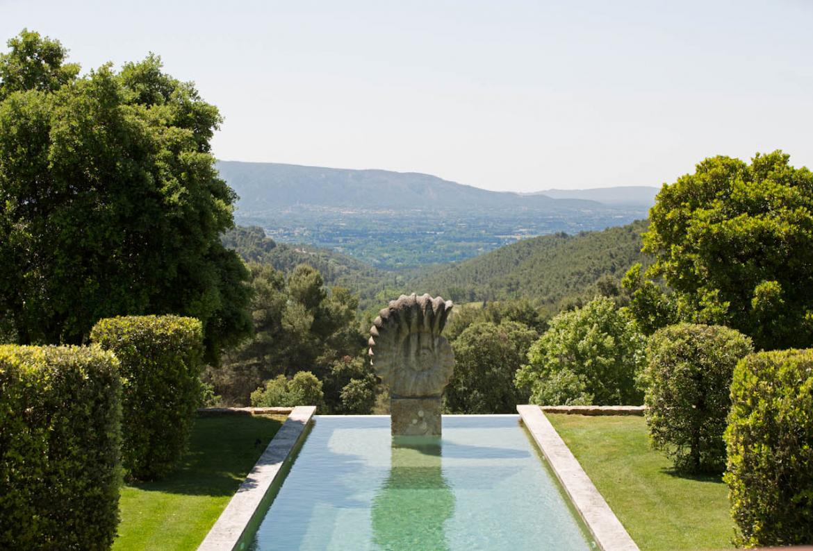 Stunning Luxury Provencal Villa. 9 bedrooms, sleeps 18 (ISLS102EE)