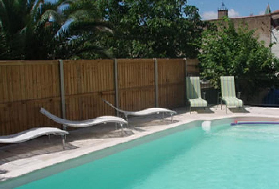 6 bedroom holiday rental villa with pool in laurens - Large holiday homes with swimming pool ...