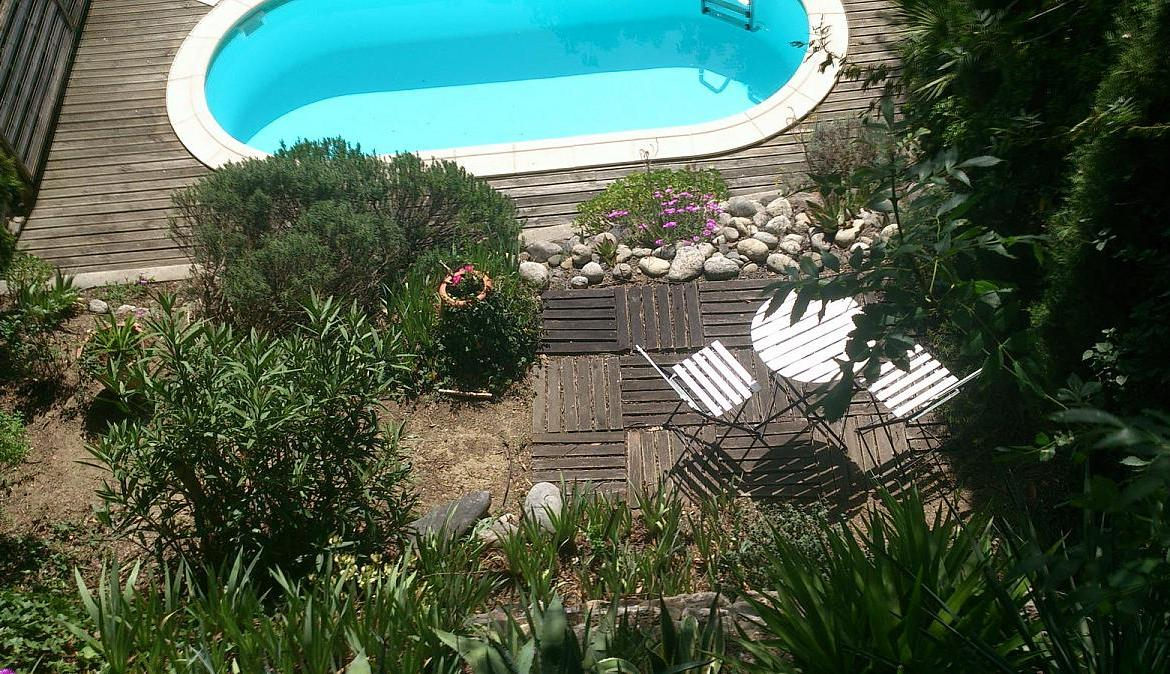 1 Bedroom Holiday Rental Villa With Pool In Capestang