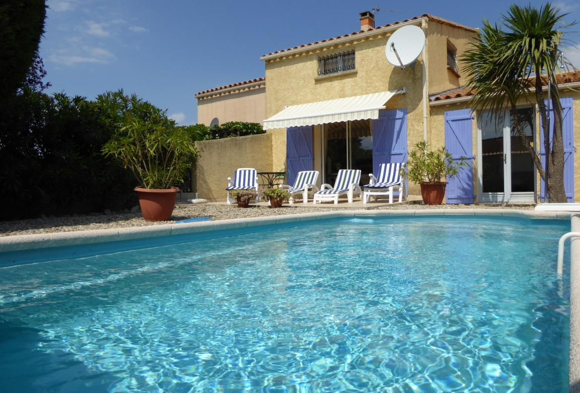 MARS105 - Villa in Marseillan near beach with private pool. Sleeps 6.