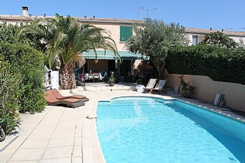 House. Marseillan. Languedoc. Property. Holiday Home. Swimming pool.