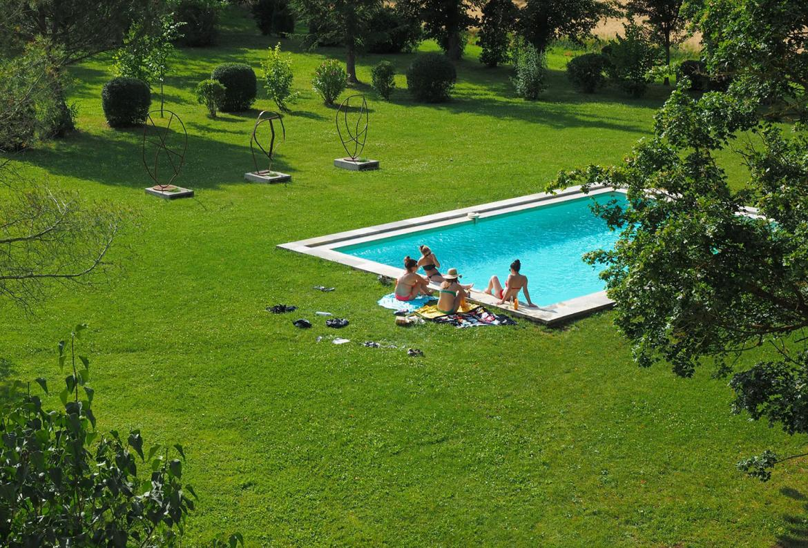 Garden With Swimming Pool 14 bedroom holiday rental villa with pool in south of france