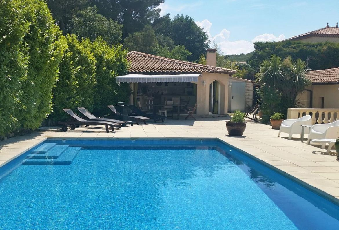 Beautiful 2 Bedroom Holiday Home To Comfortably Sleep Up To 4 Near  Montpellier, Languedoc Roussillon, Ideal For A Family Holiday, This Self  Catering Home ...