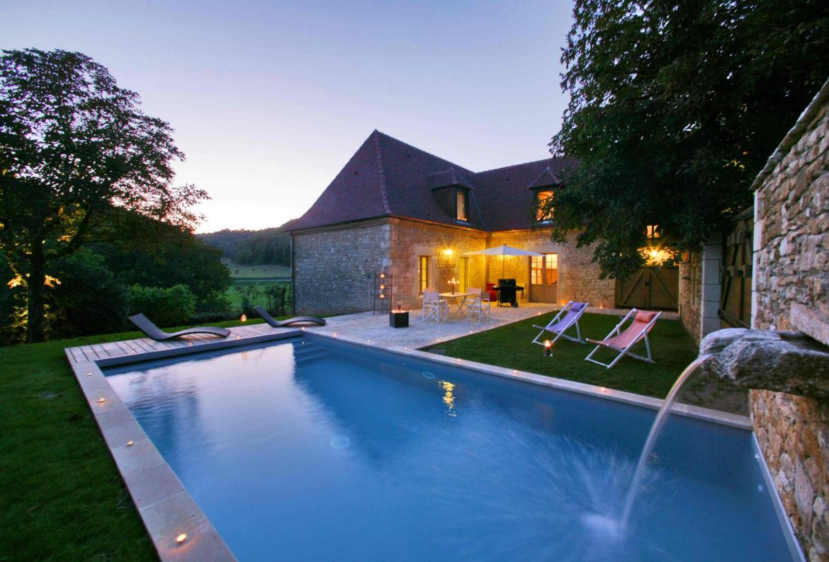 Luxury Character House with Heated Private Pool in Périgord Noir. 4 Bedrooms to sleep 8 (MTGC101)