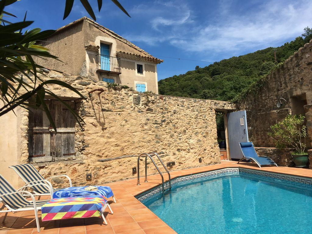 Beautiful 17th Century House located in St Nazaire-de-Ladarez, complete with a private swimming pool and 3 bedrooms. Sleeps 6. (NAZ101)