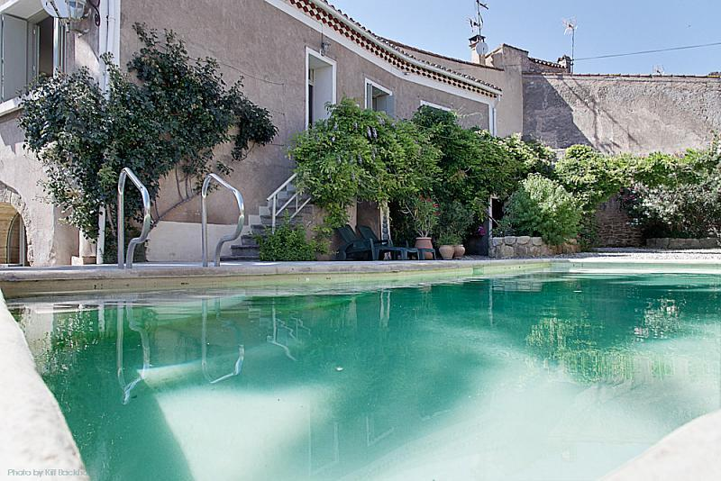 4 bedroom holiday rental villa with pool in n zignan l 39 v que - Houses to rent in uk with swimming pools ...