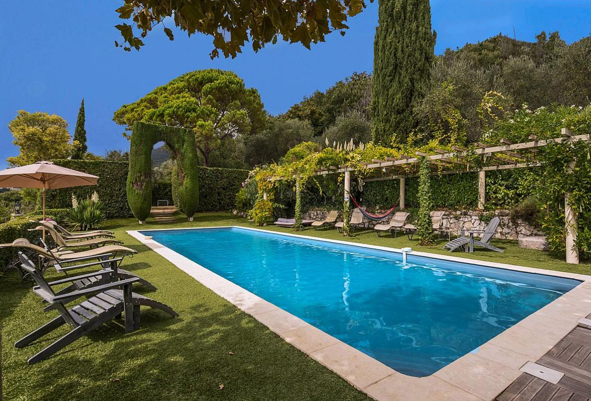 Wonderful Cote Du0027Azur Luxury Villa With Heated Pool Near Opio U2013 Nestling In A Typical  Mediterranean Setting Of Olive Groves, Cypresses And Orange Trees, ...