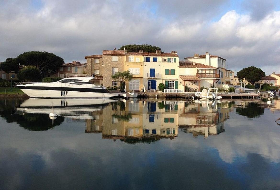 Bedroom Holiday Rental Villa In South Of France - Port grimaud location