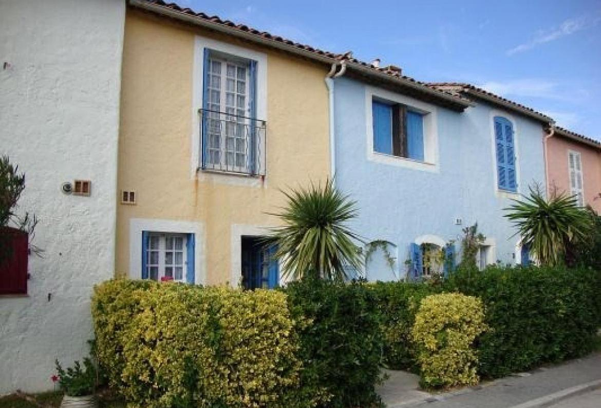 PTGR128D - Two Bedroom Waterfront Cottage in fabulous Port Grimaud