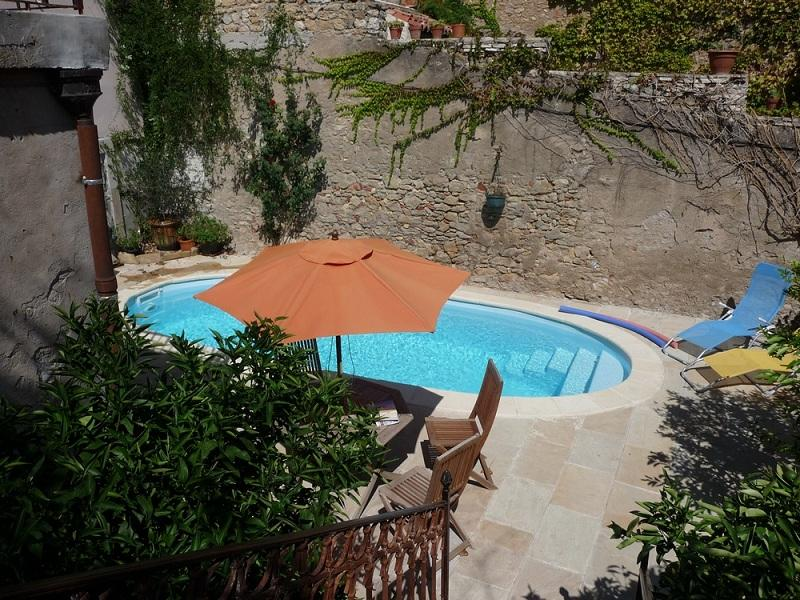 3 bedroom holiday rental villa with pool in puissalicon - Large holiday homes with swimming pool ...