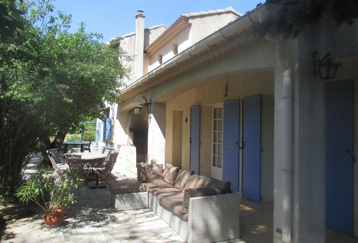 Villa in Provence with heated private pool, to sleep 12 (SAL101)