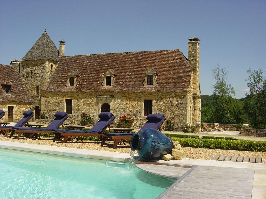Magnificent Manor House steeped in History. Large heated Pool. 7 bedrooms, sleeps 14 (SARL101)