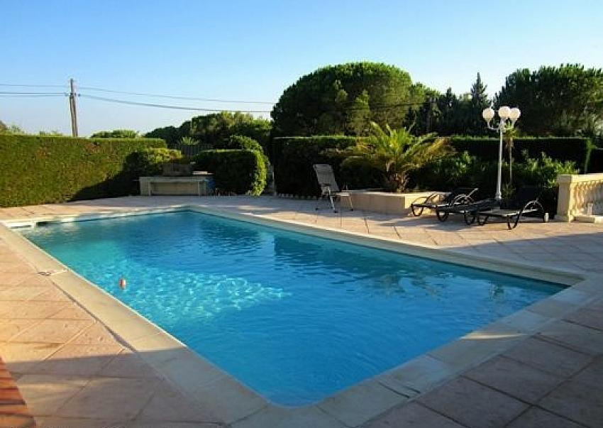 6 bedroom Villa Sainte Maxime. Sleeps 12. (STMX106D)