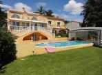 Prestigious Villa in Cap d Agde. Sea Views and Heated Pool. 6 bedrooms, sleeps 12 (AGD109)