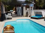 Big Villa in Countryside near Agde. 4 bedrooms to sleep 8-10 people (AGD112)