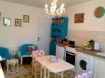 BEZ121 - Gorgeous gite with 1 bedroom, large garden, shared swimming pool, near Beziers. Sleeps 2.