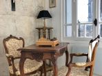 Elegant, well-appointed apartment in the centre of Béziers. (BEZ132)