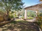 Colonial Spanish villa located in Bormes les Mimosas, close to the beach, private swimming pool, 4 bedrooms, sleeps 9. (BLM103SB)