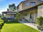 Wonderful Mas in Bonnieux. Heated Pool, Spa, Gardens. 8 bedrooms, sleeps 21 (BONN102)