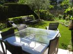 CANN103 - Luxury 2 bed apartment in Cannes. Sleeps 7.