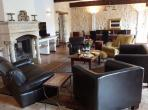 Fabulous large house with heated and alarmed pool and 5 bedrooms (CAP104)