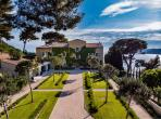 Large Newly Renovated Property at Cassis. Stunning Sea Views. 11 bedrooms to sleep 22 people. (CASS101)