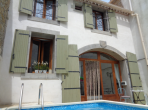 CESR101 - Beautiful 18th Century 3 bedroom house located in Cesseras, complete with a private swimming pool and wonderful courtyard. Sleeps 6.