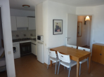 CYP108 - Sweet little apartment only 1 minute from the beach with shared swimming pool, sleeps 6 people.