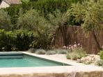 Luxury Villa in Eygalieres with Heated Pool. 4 bedrooms, to sleep 8 (EYGA112EE)