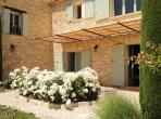 Fabulous Villa near Gordes with heated pool. Sleeps 22 people. (GORD107EE)