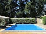 Lovely Authentic Bastide in Thor, only 10 min from the beautiful town of Isle sur la Sorgue. 6 bedrooms, sleeps 12. (ISLS106YF)