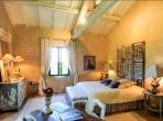 Converted luxury farmhouse with 8 ensuite bedrooms, wine cellar, private pool and beautiful gardens. Located near Isle sur la Sorgue, sleeps 16.  (ISLS107YF)